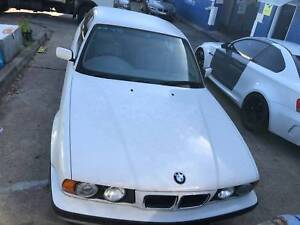 BMW 525I E34 WHITE WRECKING 4 PARTS ONLY Northmead Parramatta Area Preview