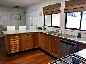 Tasmanian Oak complete kitchen Cardiff South Lake Macquarie Area Preview
