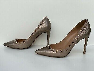 Valentino Garavani Rockstud Pumps women shoes size 38.5