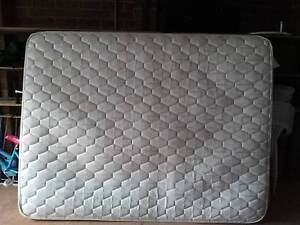 Queen mattress Roxburgh Park Hume Area Preview