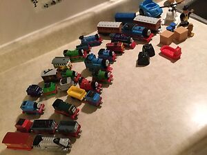 Thomas the tank engine and friends trains and railway set