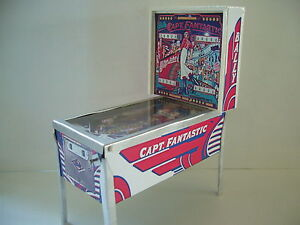 MINI-ELTON-JOHN-PINBALL-MODEL-1-12th-Scale-BRAND-NEW-SIGNED-NUMBERED