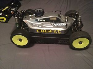 TLR racing 8ight 2.0 brand new