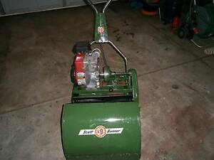 lawn mower scott bonnar 17 inch modern briggs 4 stroke engine Duncraig Joondalup Area Preview