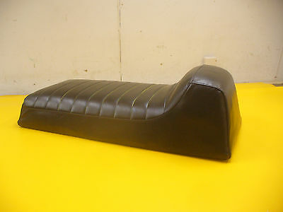 *71-72*  VINTAGE CHAPARRAL  FIREBIRD PLEATED  SNOWMOBILE SEAT COVER NEW!