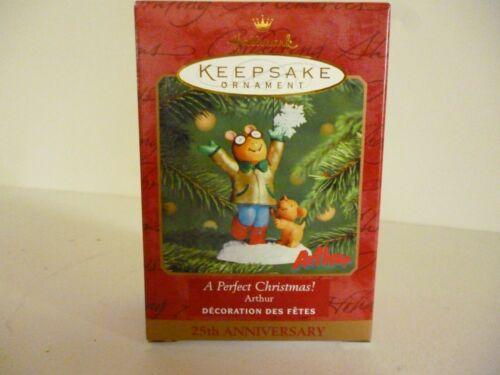 "2001 Hallmark Keepsake Ornament  ""A Perfect Christmas"" Arther And Pal"