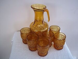 LARGE GLASS JUG & 6 GLASSES WATER / LEMONADE SET AMBER IN COLOUR