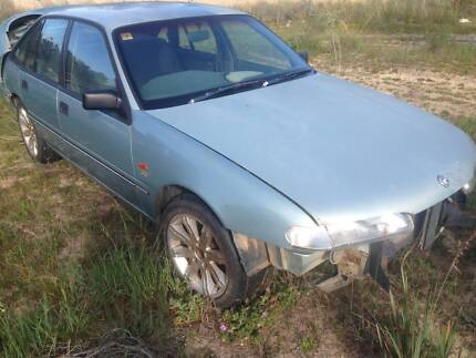 VS Holden Commodore wrecking $200 Clarkson Wanneroo Area Preview