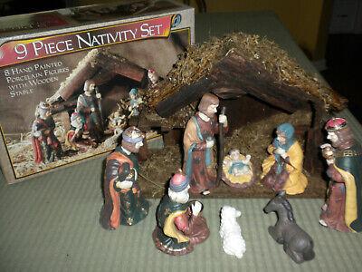 VTG East West Distributing 9 Piece PORCELAIN Nativity Set Wood Stable Orig Box