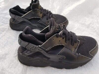 Nike Air Huarache Size 3Y Athletic Sneaker Shoes Black