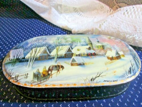 RUSSIAN Collection Lacquered - Hand Painted, Hinged, Winter Scene - Trinket Box