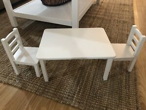 Maplelea Doll table and chair set