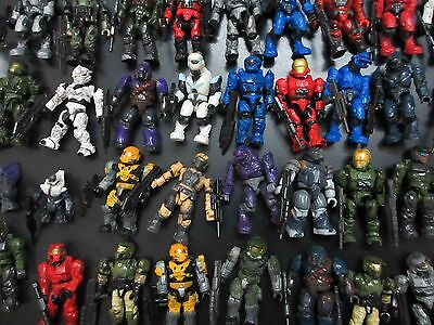 LOT OF 18 random Halo Mega Bloks SOLDIER FIGURES  w gun stand #gfg4