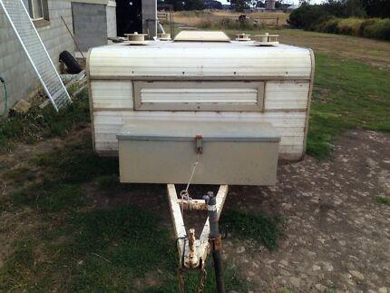 Toledo dog trailer