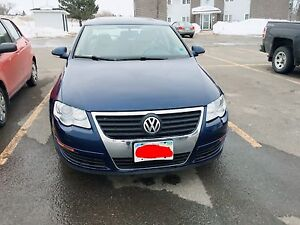 VW passat bleu !!! Full OPTION 4500$