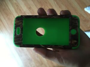 IPOD TOUCH 5th Gen 32gb WORKS GREAT