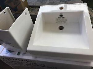 BRAND NEW Caroma bathroom basin porcelain Hurstville Hurstville Area Preview