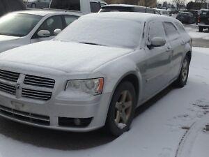 2008 Dodge Magnum V6 $1400
