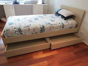 Freedom Furniture Bedroom Setting (King Single) Manly West Brisbane South East Preview