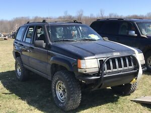 1997 Jeep Grand Cherokee OFF ROAD Mud Truck