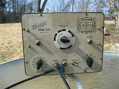 Hickok Model 620 Television Linearity Pattern Generator Powers Up