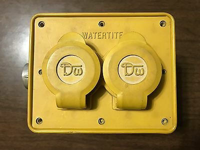 Woodhead Series 3200 Safeway Multi-tap Watertite Rubber 4 Four Receptacle Box
