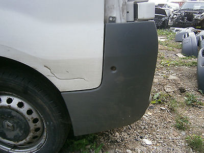 n/s rear bumper end cap vauxhall vivaro renault trafic traffic 01 to 14 van