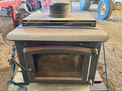 Warnock Hersey Model 240001 Wood Burning Stove