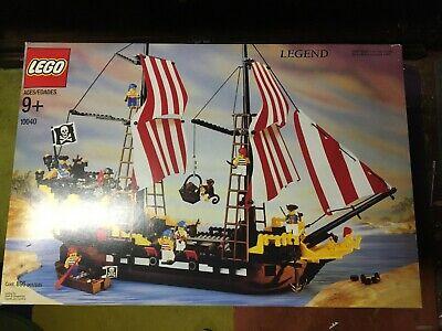 Lego Black Seas Barracuda 10040 Vintage Rare Pirate Ship NISB