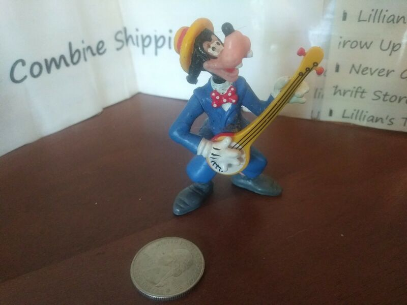 ⭐RARE 1990s Applause Disney Goofy in Blue Suit Playing Banjo w/ Yellow Hat PVC⭐