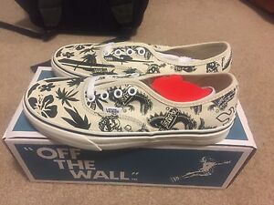 Brand new vans shoes