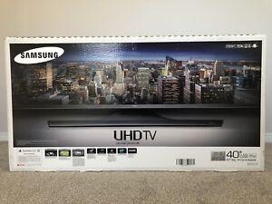 "Samsung 40"" 4K UHD"