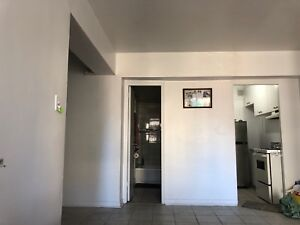 Transfer lease of 3 1/2 apartment $1200 all included