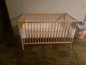 Wooden baby cot Kurunjang Melton Area Preview