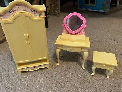 Barbie Bedroom 1996 Furniture Lot Folding Pretty House -Nightstand Wardrobe Crib