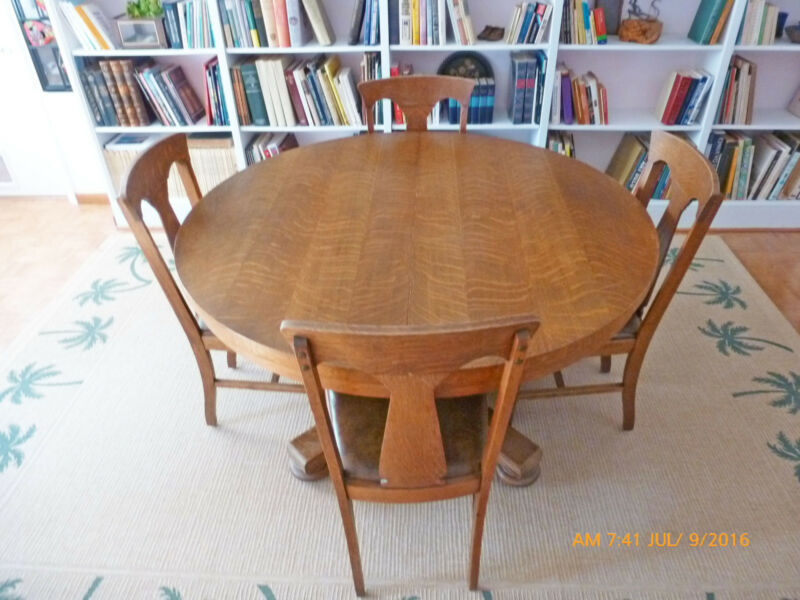 ANTIQUE  OAK PEDESTAL DINING TABLE AND 6 HALE OAK CHAIRS New Lower Price