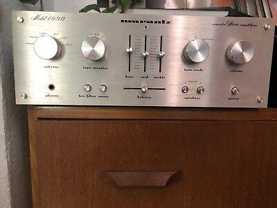 Vintage Hifi amplifier marantz 1090