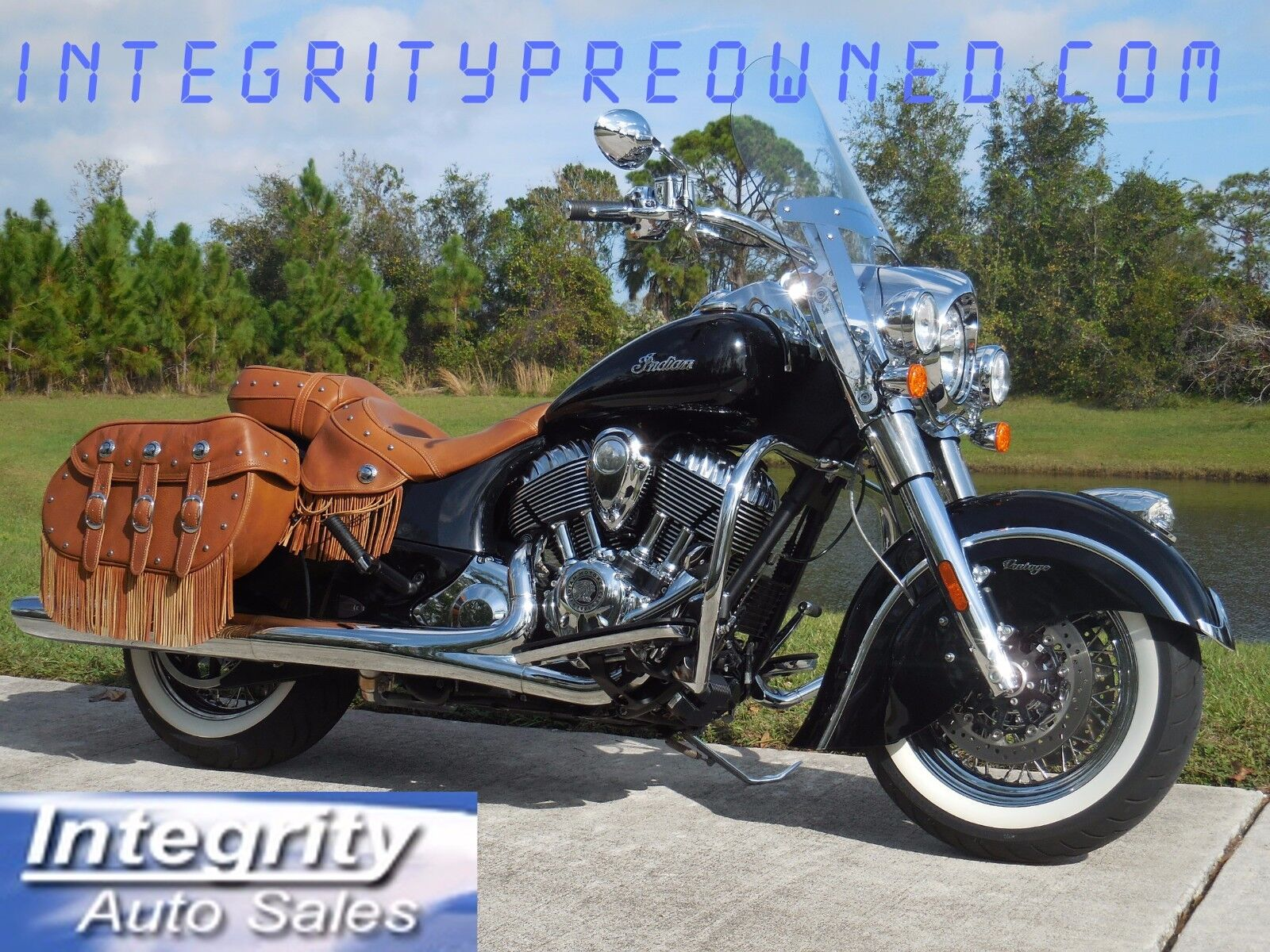 2015 Indian CHIEF  2015 INDIAN CHIEF VINTAGE ONLY 1299 MILES FLAWLESS BIKE!!