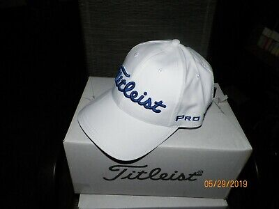 size 40 3ab0c cdf7d 1 WOMENS TITLEIST PERFORMANCE BALL MARKER CAP WHITE ROYAL TH9AWPBMW-P06