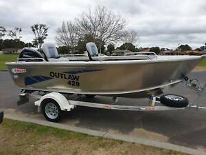 429 Outlaw tiller steer, trailer & 40hp Mercury 4 stroke East Bunbury Bunbury Area Preview