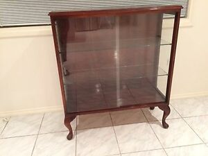 MAHOGANY DISPLAY CABINET (QUEEN ANNE STYLE) Bentleigh East Glen Eira Area Preview