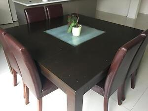 Dining chairs and table Eight Mile Plains Brisbane South West Preview