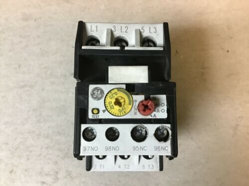 General Electric GE RT1C Overload Relay With RTXP Mounting Base