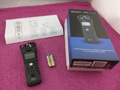 Zoom H1n Portable Handy Recorder for Film, Music, Broadcast & More - Used