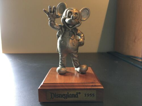 "Mickey Mouse ""Disneyland 1955"" Pewter Figurine LIMITED EDITION 223/2500"
