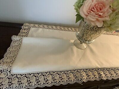 """Vintage Beige/Gold Linen Tablecloth With Guipure Lace Edging 42"""" x 42""""SR367"""