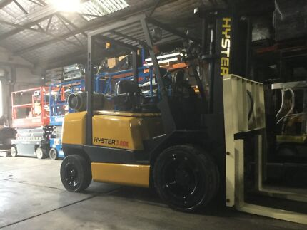 Hyster 3ton 4580mt 3 stage container mast LPG with side shift