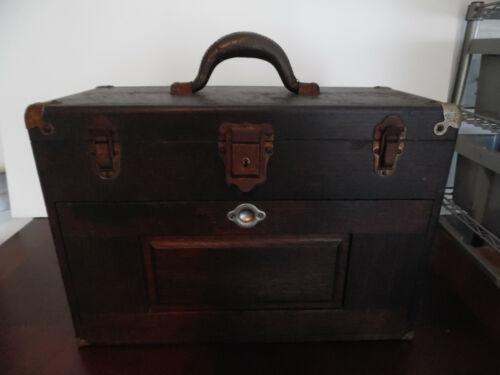 VINTAGE H. GERSTNER & SONS OAK WOOD MACHINIST TOOL BOX 7 DRAWERS WITH KEY