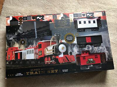 FAO Schwarz 30-Piece Motorized Classic Train Set. NEW IN BOX Christmas Tree