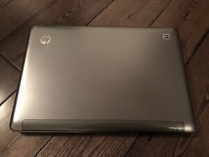 A HP Pavilion dm3-1130us Laptop Notebook 13.3""